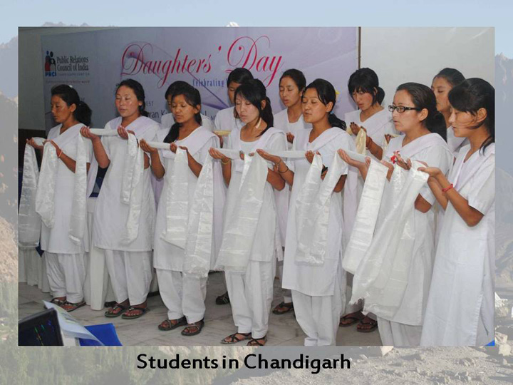 girlstudents in chandigarh